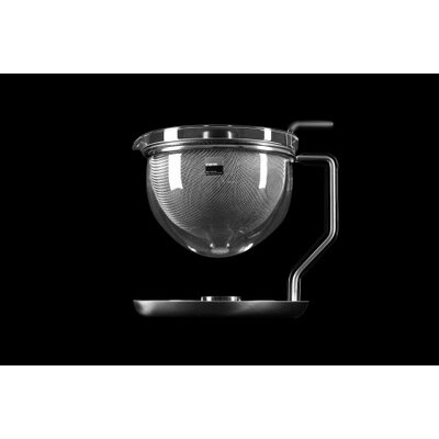 mono Mono Classic Teapot with Integrated Warmer by Tassilo von Grolman