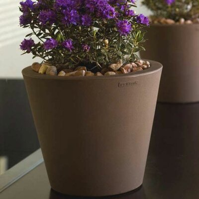 Vondom Cono Fang Round Flower Pot Planter