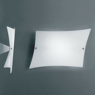 Zaneen Lighting Lucilla 1 Light Wall Sconce