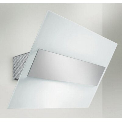 Zaneen Lighting Gea Wall Sconce Strip Light in Chrome