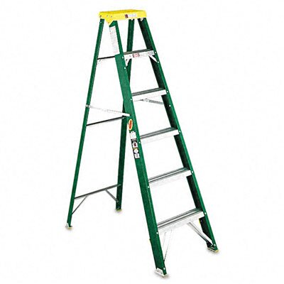 DAVIDSON LADDER, INC.                              6' Louisville #592 Folding Step Ladder