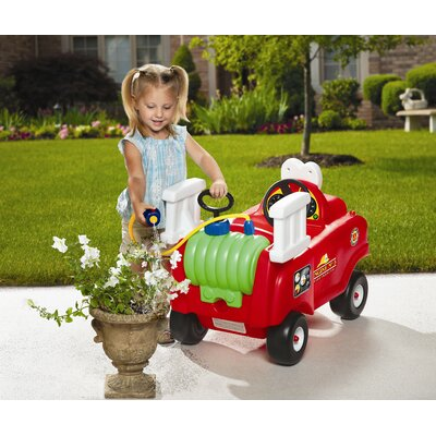 Little Tikes Spray and Rescue Push Fire Truck