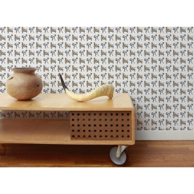 Aimee Wilder Designs Sumo Wallpaper in Classic