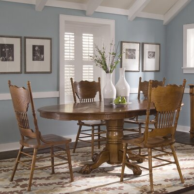 Liberty Furniture Nostalgia Casual Dining Table