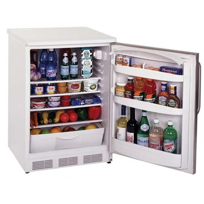 Summit Appliance Refrigerator with Wire Shelf Type in White