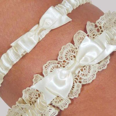 Cathys Concepts Eleanor Lace Wedding Garter in Ivory