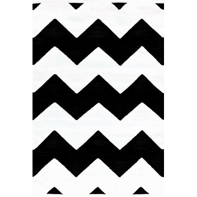 Dash and Albert Rugs Chevron Black/White Indoor/Outdoor Rug