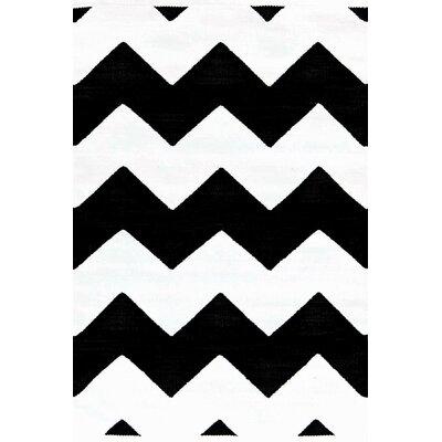 Dash and Albert Rugs Chevron Black/White Indoor/Outdoor Rug