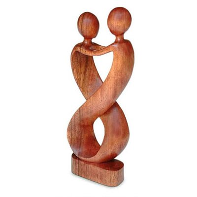 'Heart to Heart' Sculpture