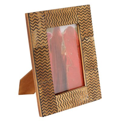 Novica The Kamal Artisan (4x6) Ganges Waves Horn Photo Frame