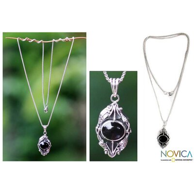 Novica The Buana Artisan Onyx Flower Nest of Lilies Necklace