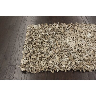 nuLOOM Leather Shag Beige Rug