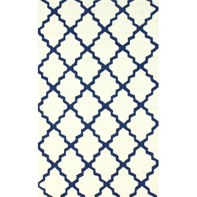 Veranda White Filigree Outdoor Rug