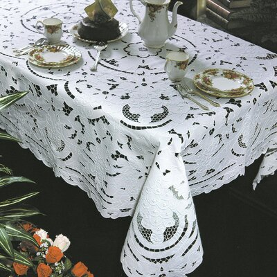 Violet Linen Concord Grape Design Tablecloth
