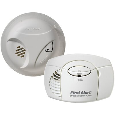 First Alert Smoke Alarm and Carbon Monoxide Detector