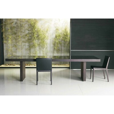 Luxo by Modloft Dining Table