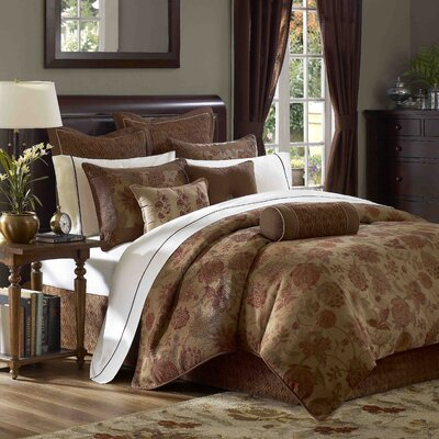Hampton Hill Bayberry Comforter Set
