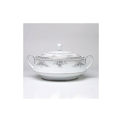 Noritake Sweet Leilani 48 oz. Covered Vegetable Bowl