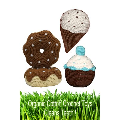 Hip Doggie Organic Cotton Crochet Dessert Dog Toy Set in Blue