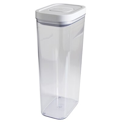 3.7 Quarts Rectangle Good Grips Pop Storage Container