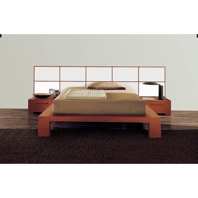 YumanMod Wynd Bed with Wood Panels