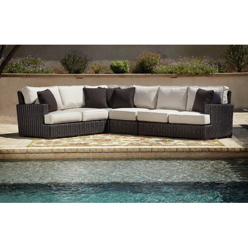 Cardiff Sectional with Cushions