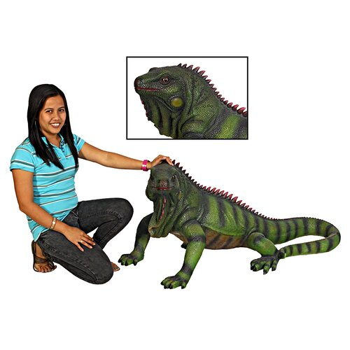 Giant Iggy the Iguana Reptile Statue