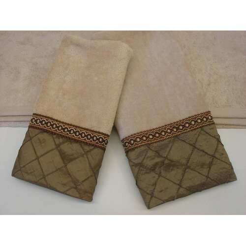 Sherry Kline Pleated Diamond Decorative 3 Piece Towel Set