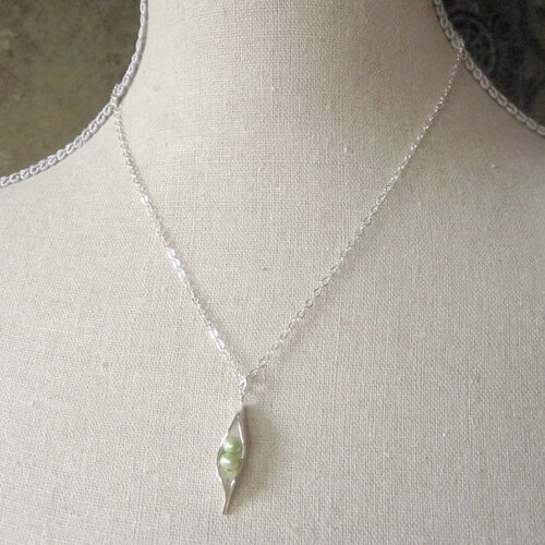 Stuff 4 Multiples Two Peas in a Pod Silver Necklace