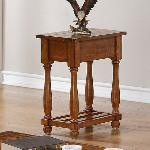 Grand Estate Chairside Table