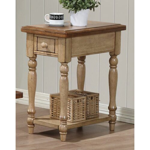 Winners Only, Inc. Quails Run Chairside Table