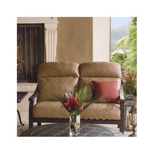 Mondovi Loveseat with Cushions