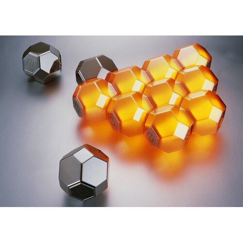 QisDesign Eight Crystal Units Light