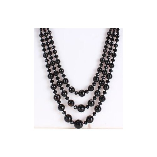 Amour Triple-Strand Necklace in Black