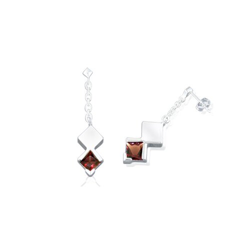 Oravo Princess Cut Garnet Dangling Earrings Sterling Silver