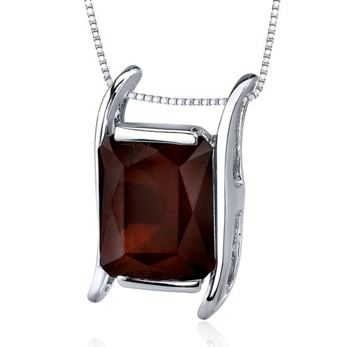 Striking Colo4.00 Carats Radiant Cut Garnet Pendant in Sterling Silve