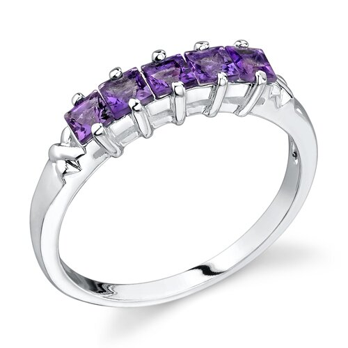 0.60 carats Princess Cut Amethyst Ring in Sterling Silver