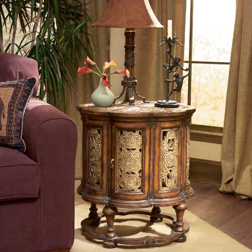 Heritage Scalloped Antique End Table