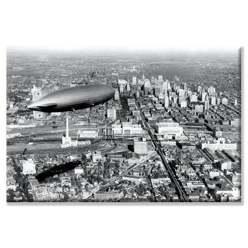 Buyenlarge Zeppelin Above Philadelphia Photographic Print on Canvas