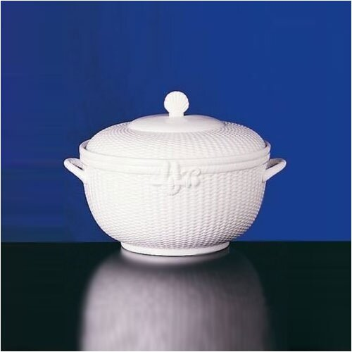 Wedgwood Nantucket Basket 176 oz. Tureen