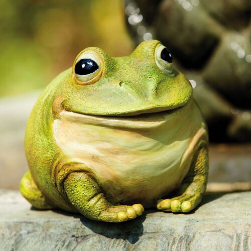 Evergreen Flag & Garden Frog Portly Statue