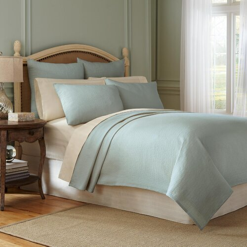 Signature Matelasse Cotton Coverlet