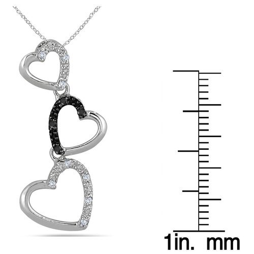 Szul Jewelry Sterling Silver Round Cut Diamond Heart Link Pendant
