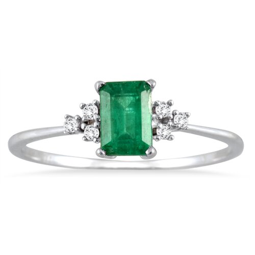 10K White Gold Emerald Cut Emerald Ring