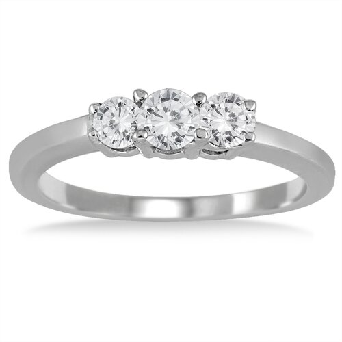 Sterling Silver Round Cut Diamond Ring