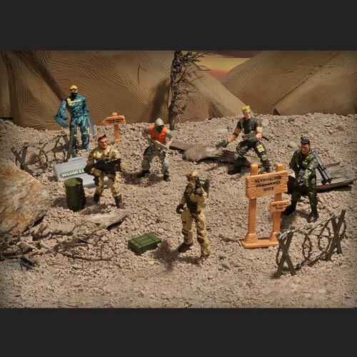 Lanard Corps 8-Piece Total Soldier Special Force Unit Set