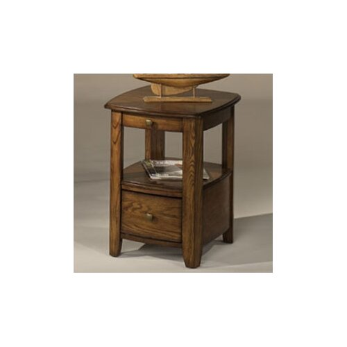 Hammary Primo Chairside Table