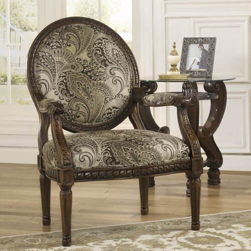Signature Design By Ashley Mckenzie Showood Accent Chair