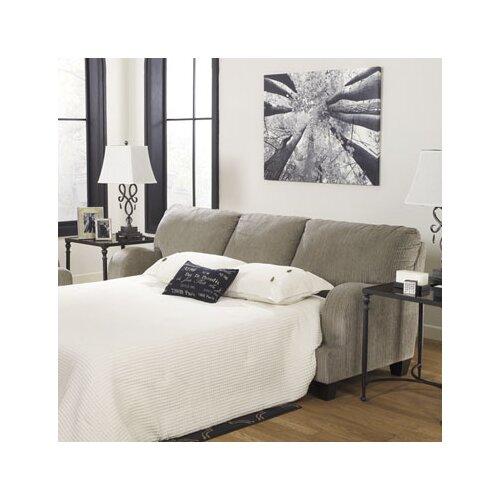 Wynnmere Isle Queen Sleeper Sofa