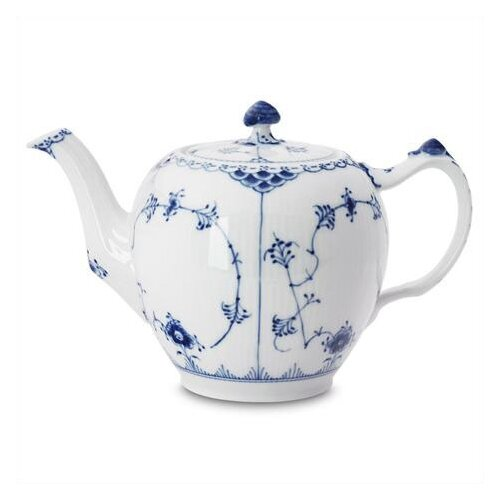 Royal Copenhagen Blue Fluted Half Lace 1.06-qt. Teapot